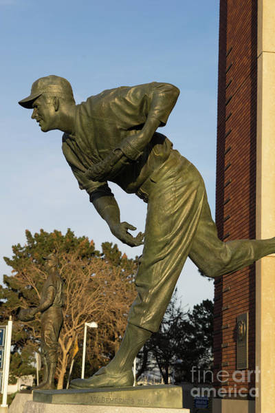 Photograph - San Francisco Giants Att Park Gaylord Perry Statue Dsc5836 by Wingsdomain Art and Photography