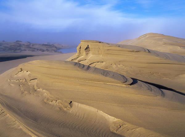 Photograph - Sand Carvature by Robert Potts