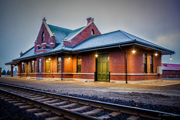Photograph - Sandpoint Station by Albert Seger
