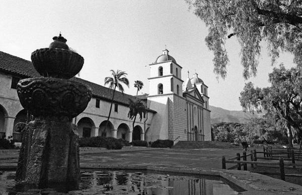 Mission Santa Barbara Photograph - Santa Barbara Mission And Fountain by Kathy Yates