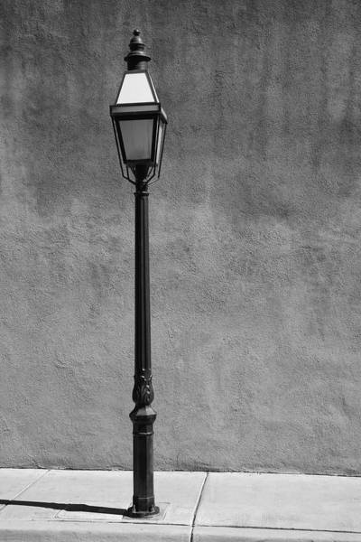 Photograph - Santa Fe - Streetlight by Frank Romeo