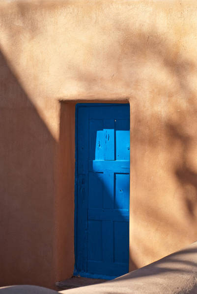 Deserts Photograph - Santa Fe Portal by Steve Gadomski