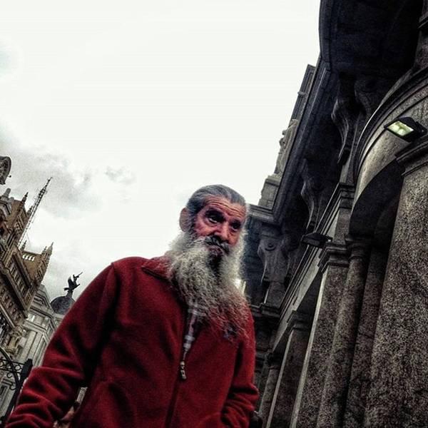 Portrait Photograph - Santa Is Coming To Town 🎶 #santa by Rafa Rivas