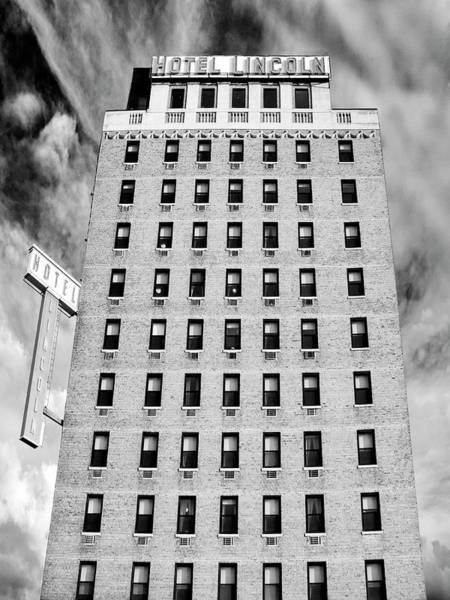 Wall Art - Photograph - Saving Lincoln Hotel Lincoln by William Dey