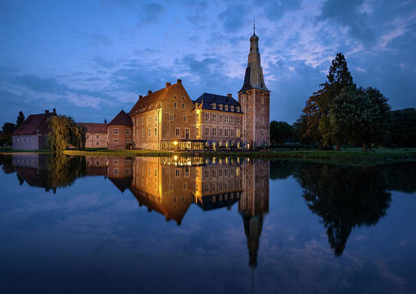 Photograph - Schloss Raesfeld by Mario Visser
