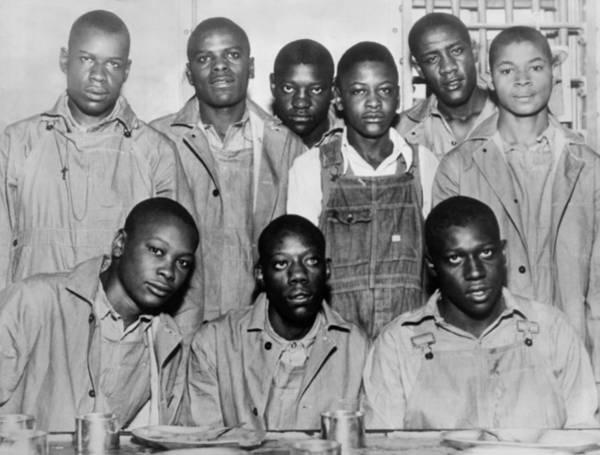 Wall Art - Photograph - Scottsboro Boys In Jefferson County by Everett