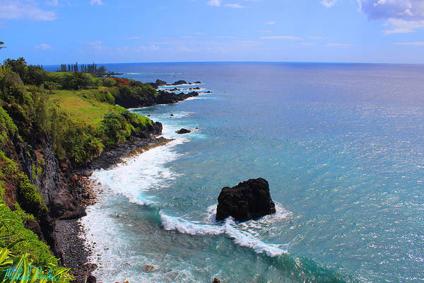 Ocean Wall Art - Photograph - Sea Shore Of Maui by Michael Rucker