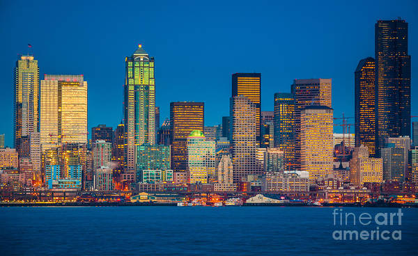 Wall Art - Photograph - Seattle From Alki Beach by Inge Johnsson