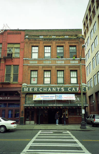 Photograph - Seattle - Merchants Cafe by Frank Romeo