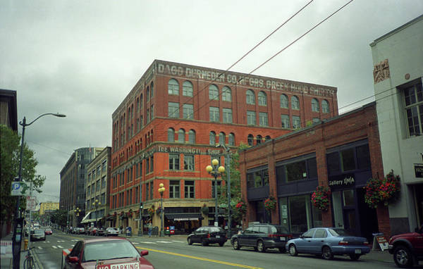 Photograph - Seattle - Pioneer Square Building by Frank Romeo