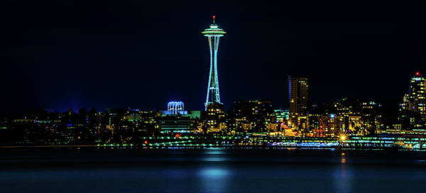Photograph - Seattle Space Needle At Night by TL Mair