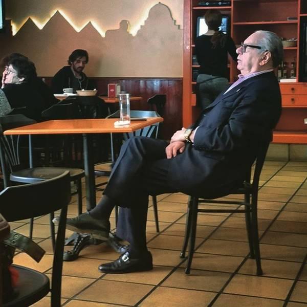Portrait Photograph - Señor #bar #portrait  #man by Rafa Rivas