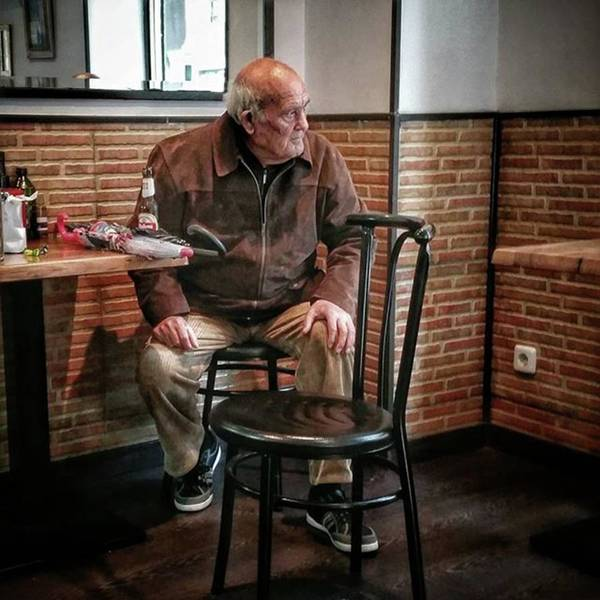 Portrait Photograph - Señor #bar #portrait by Rafa Rivas