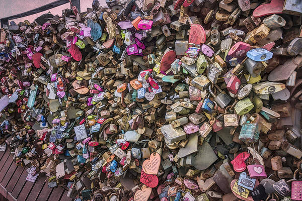 Photograph - Seoul Love Locks by Joan Carroll