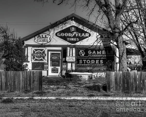 Wall Art - Photograph - Service Station In Erick by Twenty Two North Photography