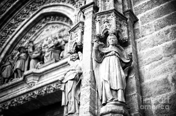 Catedral De Sevilla Wall Art - Photograph - Seville Cathedral Sculpture by John Rizzuto
