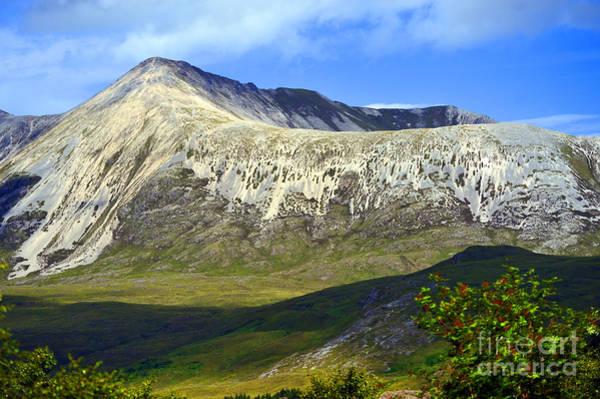 Beinn Eighe Photograph - Sgurr Nan Fhir Duibhe. by Stan Pritchard