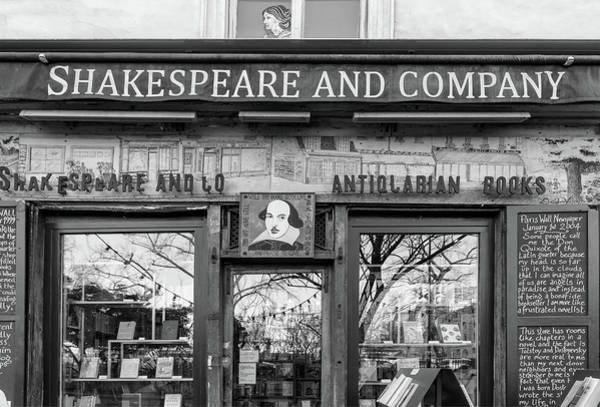 Wall Art - Photograph - Shakespeare And Company Bookshop by Georgia Fowler