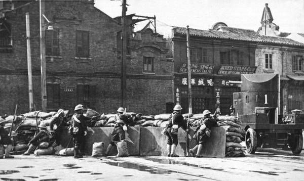 Wall Art - Photograph - Shanghai Road Barricade by Underwood Archives