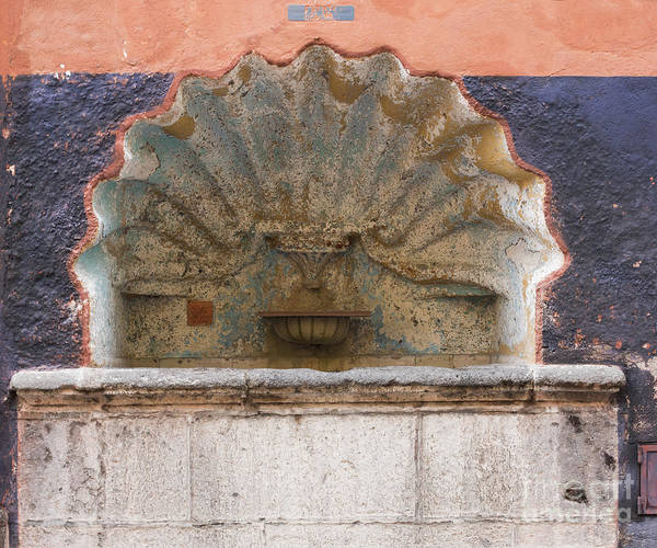 Photograph - Shell Shaped Fountain In San Miguel Mexico by Juli Scalzi