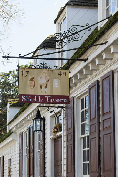 Williamsburg Photograph - Shields Tavern Sign by Teresa Mucha
