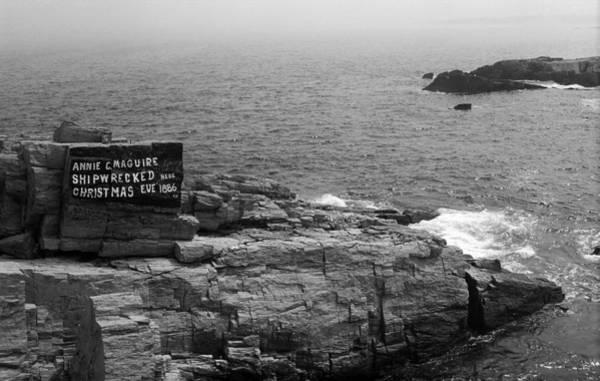 Photograph - Shoreline And Shipwreck - Portland, Maine Bw by Frank Romeo