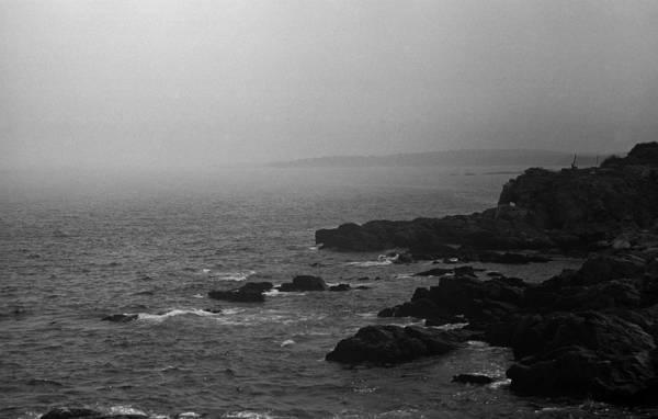 Photograph - Shoreline - Portland, Maine Bw 3 by Frank Romeo