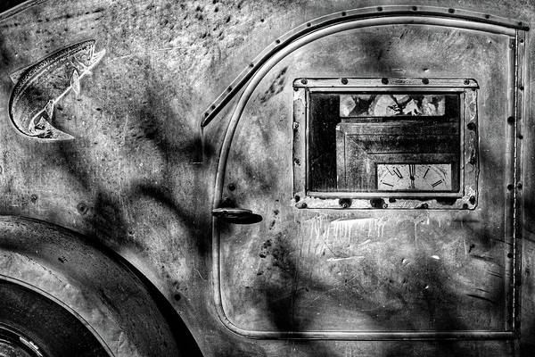 Clunker Wall Art - Photograph - Side Of A Vintage Trailer #2 by Stuart Litoff
