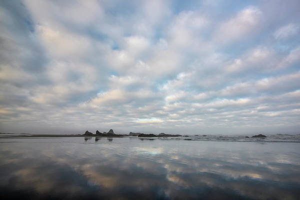 Wall Art - Photograph - Simple Beach Scene by Jon Glaser