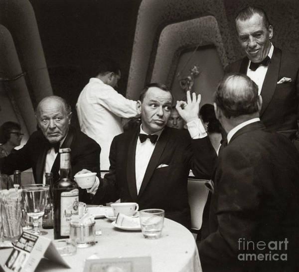 Sinatra And Ed Sullivan At The Eden Roc - Miami - 1964 Art Print