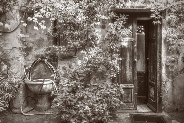 Photograph - Sink And Door by Roberto Pagani