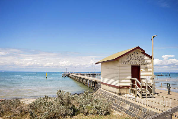 Wall Art - Photograph - Sirens Boathouse And Kiosk by Linda Lees