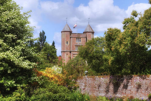 Garten Wall Art - Photograph - Sissinghurst Castle - England by Joana Kruse