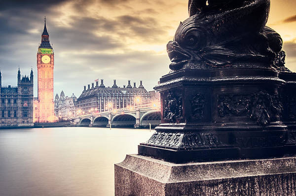 Photograph - Skies Over London by Radek Spanninger