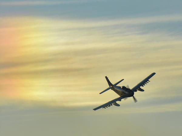 Photograph - Skyraider Sunset by David Hart