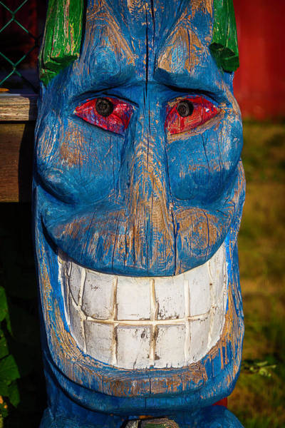 Totem Pole Wall Art - Photograph - Smiling Blue Totem Pole by Garry Gay