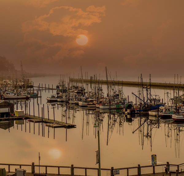 Photograph - Smoky Start by Bill Posner