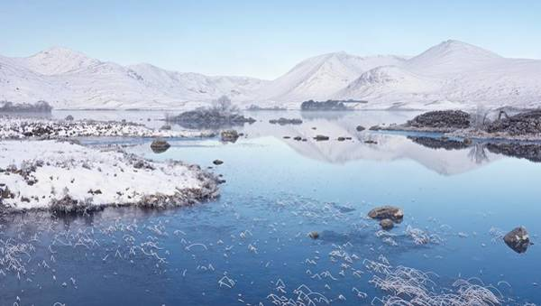 Photograph - Snow And Mist On Rannoch Moor by Stephen Taylor