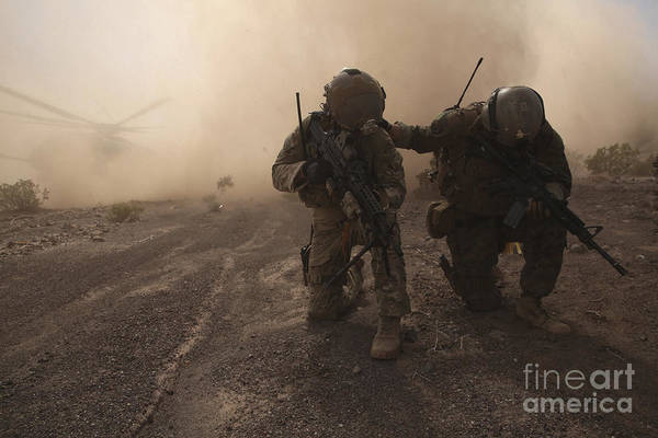 Bracing Photograph - Soldiers Brace For The Impact by Stocktrek Images