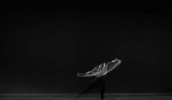 Wall Art - Photograph - Solo Dancer  by Catherine Lau