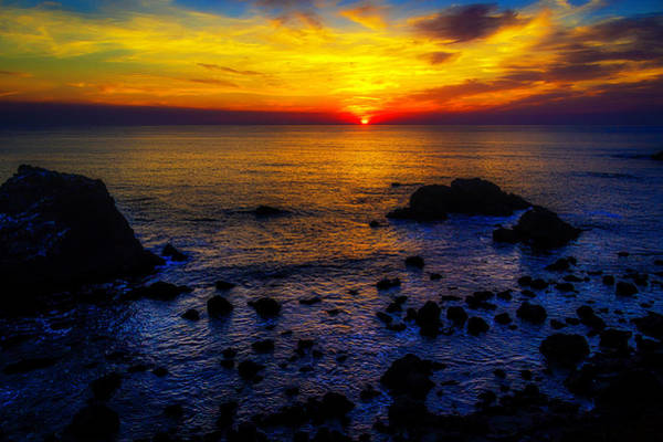 Sun Set Photograph - Sonoma Coast Sunset by Garry Gay