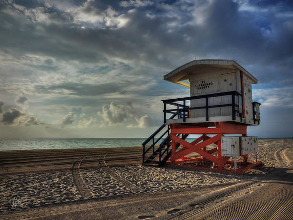Photograph - South Beach Lifeguard Station 004 by Lance Vaughn