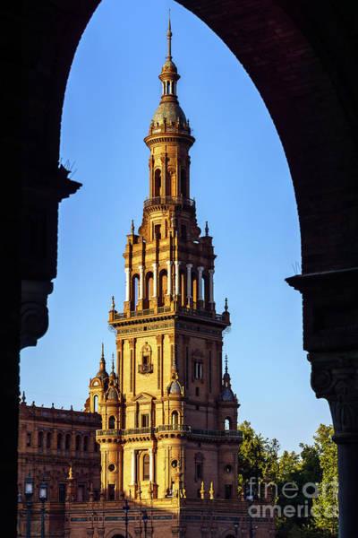 Photograph - South Tower Maria Luisa Park Seville Spain by Pablo Avanzini