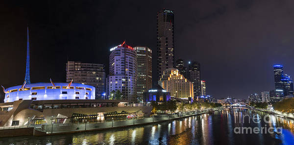 Photograph - Southbank Melbourne Panorama by Ray Warren