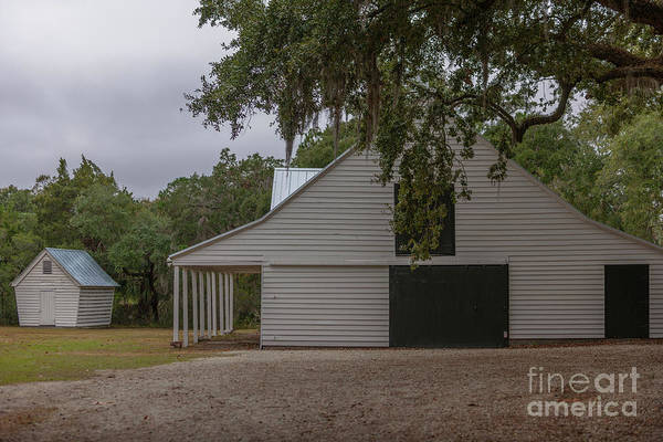 Photograph - Southern Barn by Dale Powell
