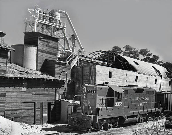 Photograph - Southern Pacific Gp9e Locomotive No. 3358 At Sand Plant 1972 by California Views Archives Mr Pat Hathaway Archives