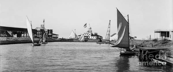 Park Avenue Photograph - Southern Yacht Club New Orleans  1900 by Jon Neidert