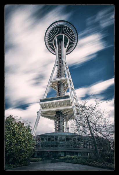 Space Needle Wall Art - Photograph - Space Needle by Robert Fawcett