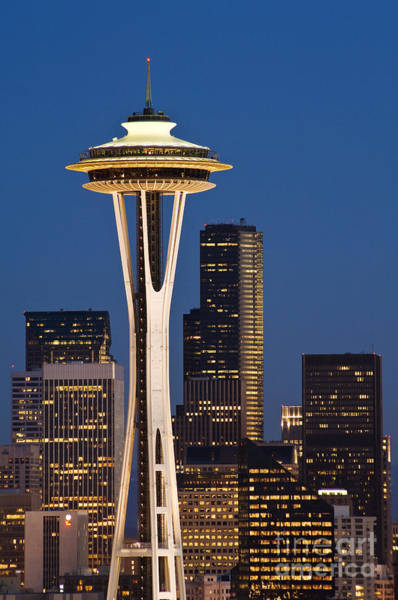 Wall Art - Photograph - Space Needle Twilight by Greg Vaughn - Printscapes