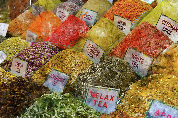 Photograph - Spice Market In Istanbul by Brandon Bourdages